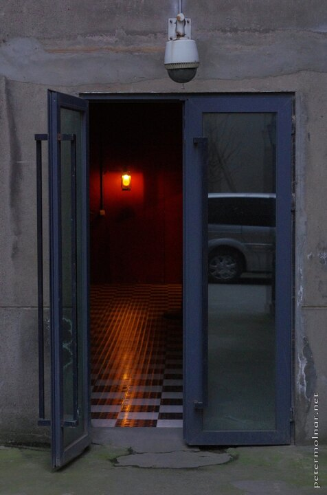 Chendgu has escape rooms games as well - this is the exit ... if you manage to get out...