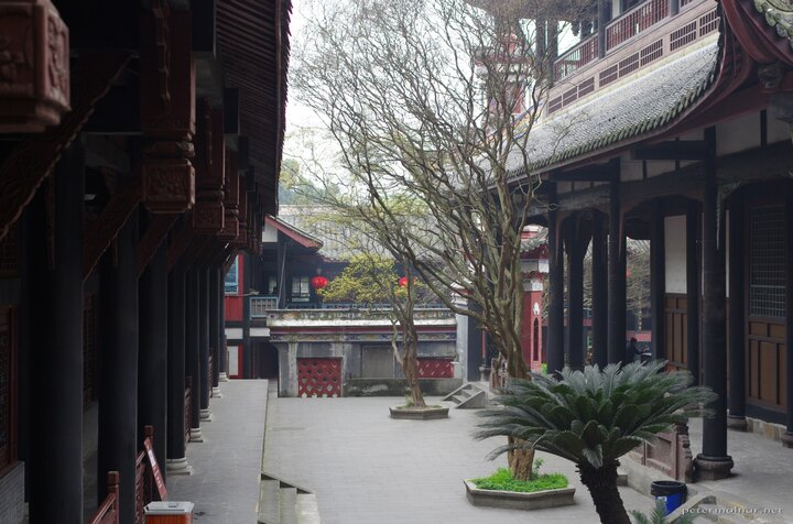 Patio between monastery buildings in Dujiangyan