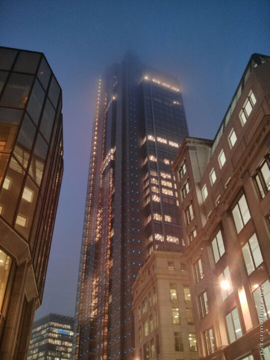 london-at-night-heron-tower