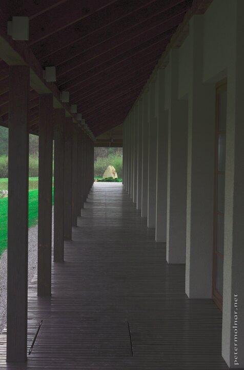 engawa-of-the-dojo-building-in-dojo-stara-wies