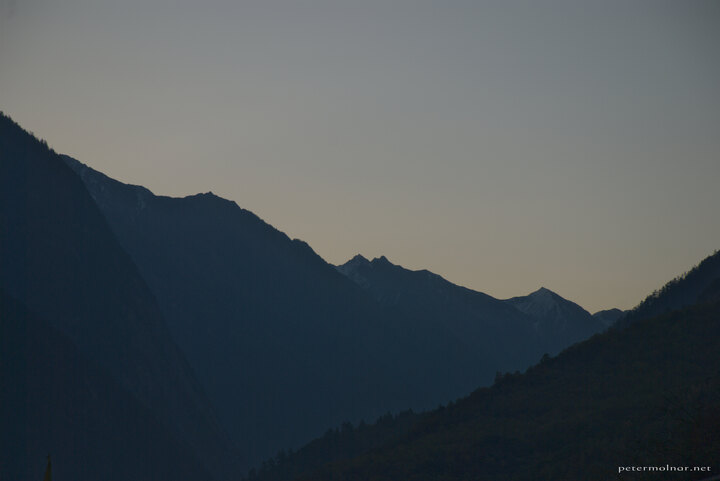 sichuan-mountains-zanghzha-morning